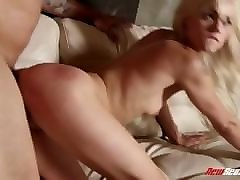 anal amateur threesome xxx going south of the border