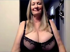 busty auburn webcam milf played with her extremely saggy melons