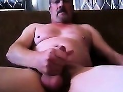 dad cums for his master